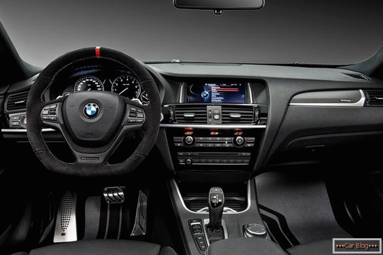 BMW X4 M Performance Limousine